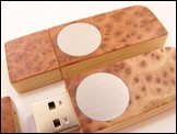 USB stick 'Face' of Redwood burl